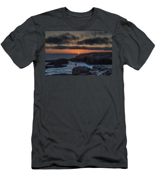 Mendocino Sunset Men's T-Shirt (Athletic Fit)