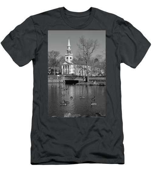 Milford Congregational Church Bw Men's T-Shirt (Athletic Fit)