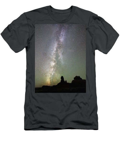Milky Way Over Arches Np Four Men's T-Shirt (Athletic Fit)