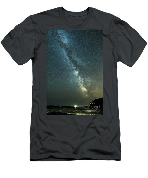 Milky Way Over Clams Flats Men's T-Shirt (Athletic Fit)
