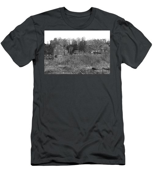 Mill At Clinton Among The Reeds Men's T-Shirt (Athletic Fit)