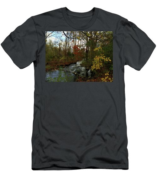 Mill Creek, Sandwich Massachusetts Men's T-Shirt (Athletic Fit)