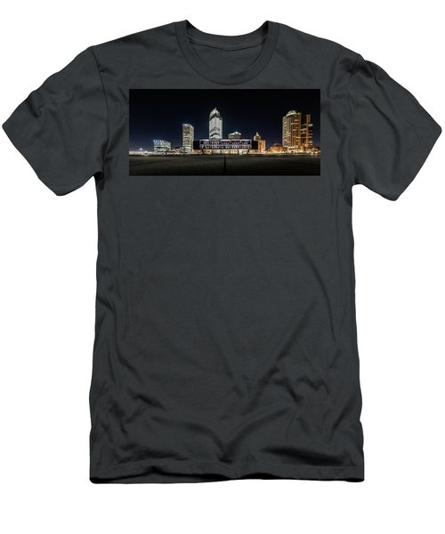 Milwaukee County War Memorial Center Men's T-Shirt (Slim Fit) by Randy Scherkenbach