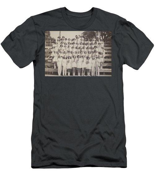 Mineola Hs Men's T-Shirt (Athletic Fit)