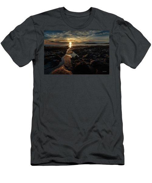 Minus Tide Men's T-Shirt (Athletic Fit)