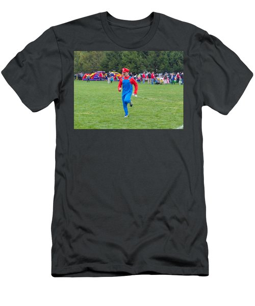 Monster Dash 12 Men's T-Shirt (Athletic Fit)