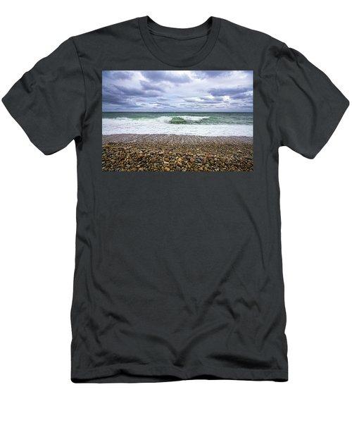 Montauk Shore Break Men's T-Shirt (Athletic Fit)