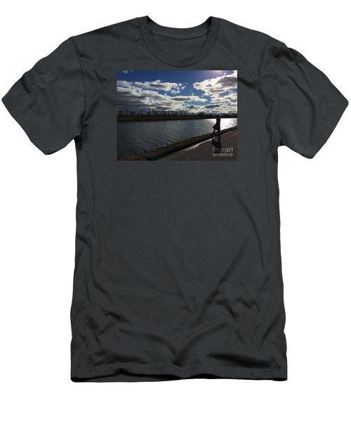 Montreal Memories Men's T-Shirt (Athletic Fit)