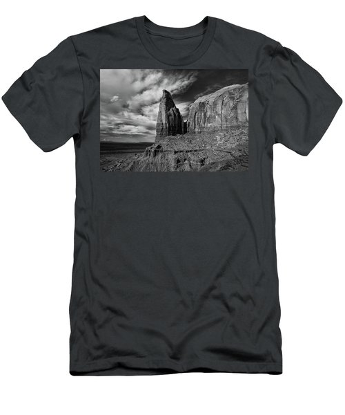 Monument Valley View Men's T-Shirt (Athletic Fit)