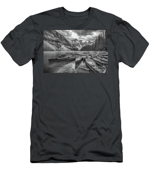 Moraine Lake In Black And White Men's T-Shirt (Athletic Fit)