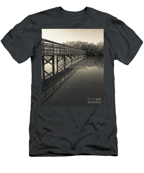 Morning On The Bayou Men's T-Shirt (Athletic Fit)