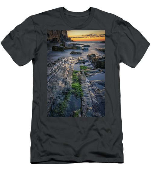 Mossy Rocks At Bald Head Cliff  Men's T-Shirt (Athletic Fit)
