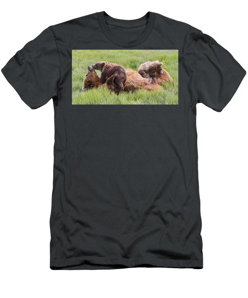 Mother Grizzly Suckling Twin Cubs Men's T-Shirt (Athletic Fit)