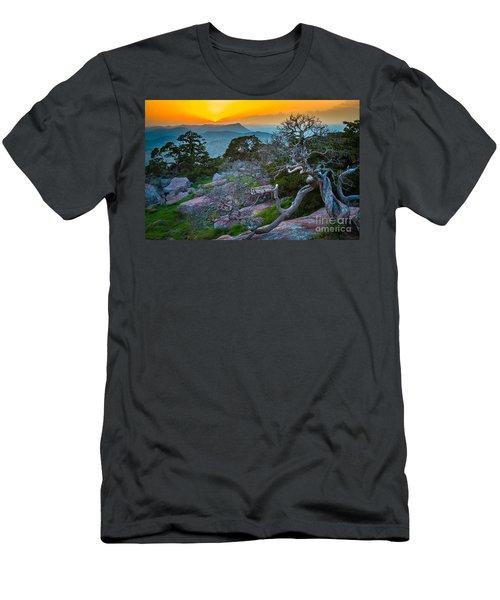 Mount Scott Sunset Men's T-Shirt (Athletic Fit)