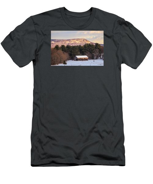 Mount Tom View From Southampton Men's T-Shirt (Athletic Fit)