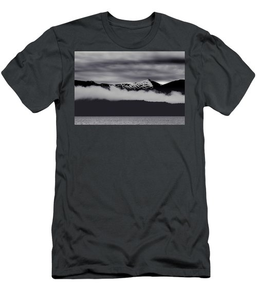 Mountain Contrast Men's T-Shirt (Athletic Fit)