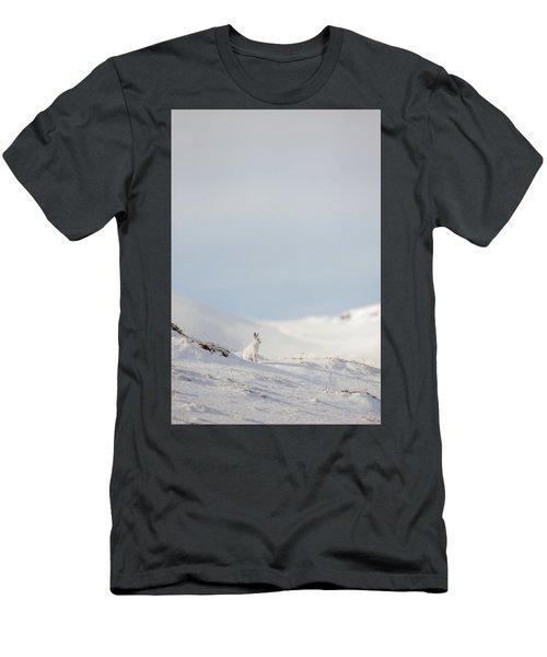 Mountain Hare On Hillside Men's T-Shirt (Athletic Fit)