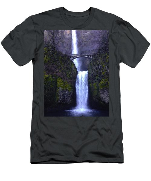 Multnomah Falls Men's T-Shirt (Athletic Fit)