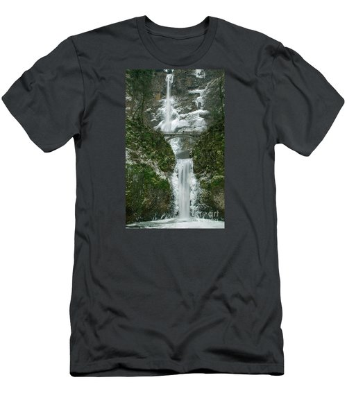 Multnomah Falls Ice Men's T-Shirt (Athletic Fit)