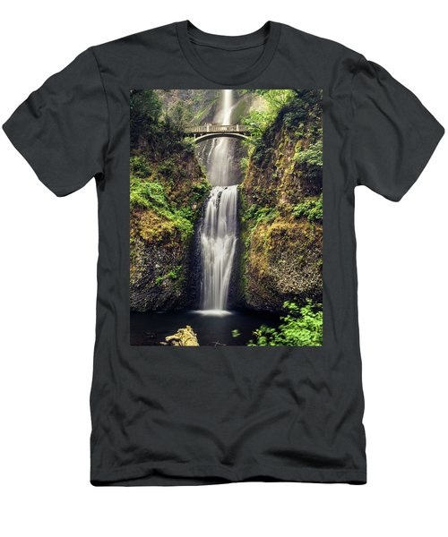 Multnomah Falls Lower Men's T-Shirt (Athletic Fit)