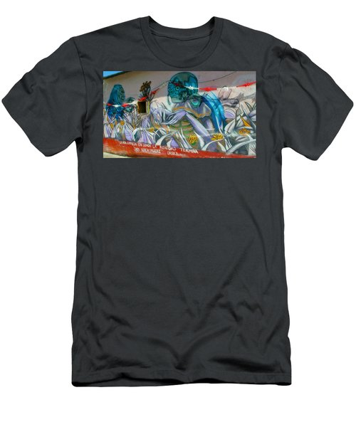 Mural @ Oaxaca Mexico Men's T-Shirt (Athletic Fit)