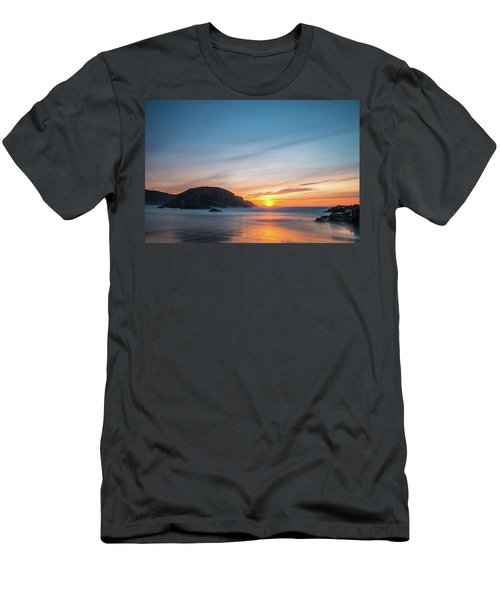 Murder Hole Beach Men's T-Shirt (Athletic Fit)