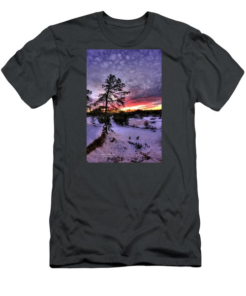 Nature Reserve Snowset Men's T-Shirt (Athletic Fit)