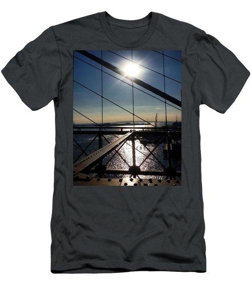 New York City - Brooklyn Bridge Men's T-Shirt (Athletic Fit)