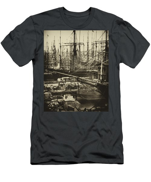 New York City Docks - 1800s Men's T-Shirt (Athletic Fit)