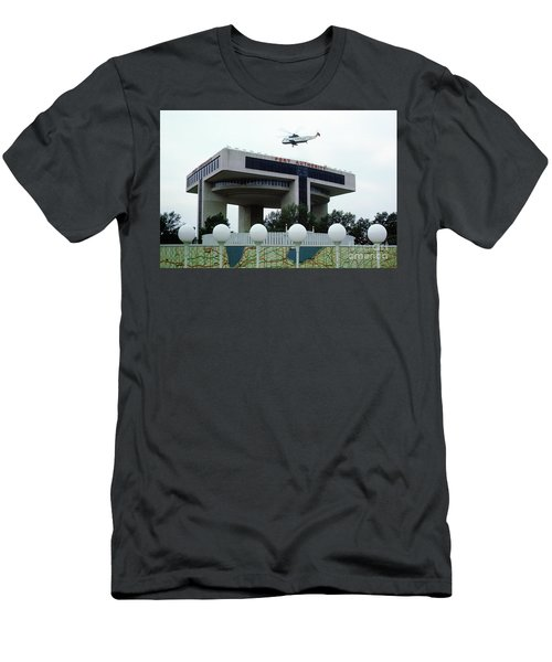 New York City Port Authority Helicopter Pad, New York World's Fa Men's T-Shirt (Athletic Fit)