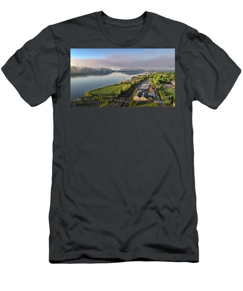 Newburgh Waterfront Looking South 2 Men's T-Shirt (Athletic Fit)