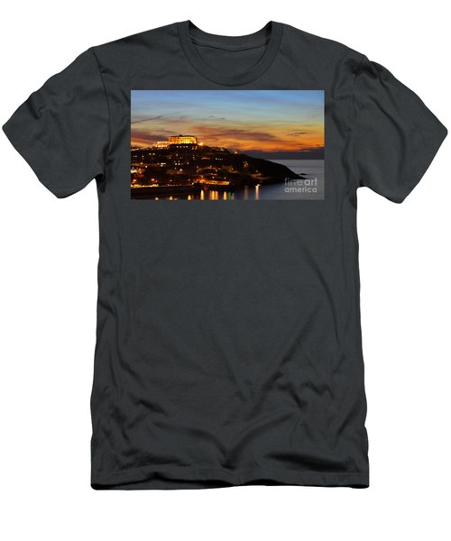 Newquay Harbor At Night Men's T-Shirt (Athletic Fit)