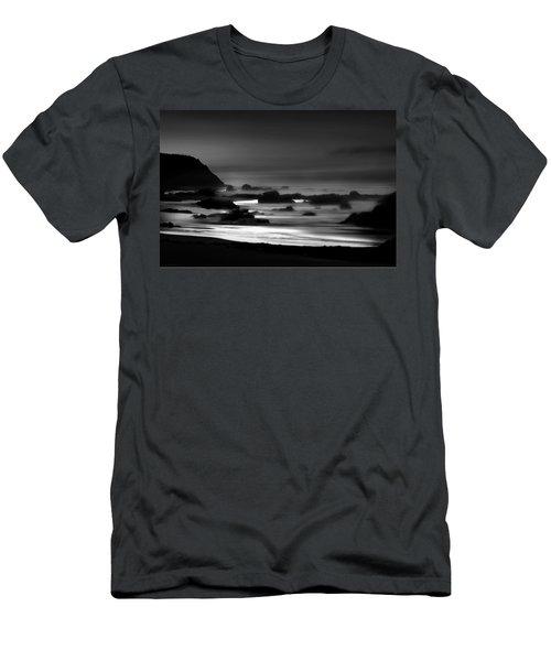 Night Burns Bright Bw Men's T-Shirt (Athletic Fit)