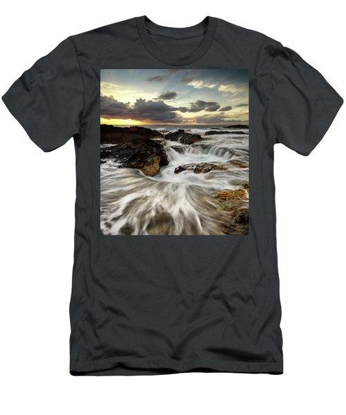 North Kona Coastline Men's T-Shirt (Athletic Fit)