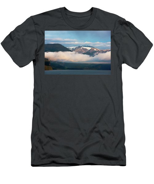 Norway Fjord Innvikfjorden Men's T-Shirt (Athletic Fit)