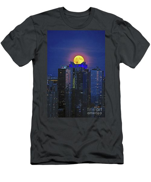 Nyc Harvest Full Moon Men's T-Shirt (Athletic Fit)