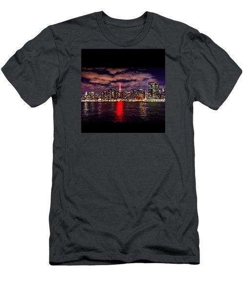 Nyc Skyline Men's T-Shirt (Slim Fit)