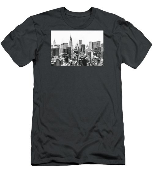 Nyc Snow Men's T-Shirt (Slim Fit)