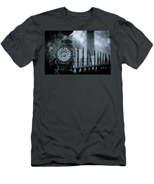 Men's T-Shirt (Slim Fit) featuring the photograph Oakwood Cemetery by Linda Unger