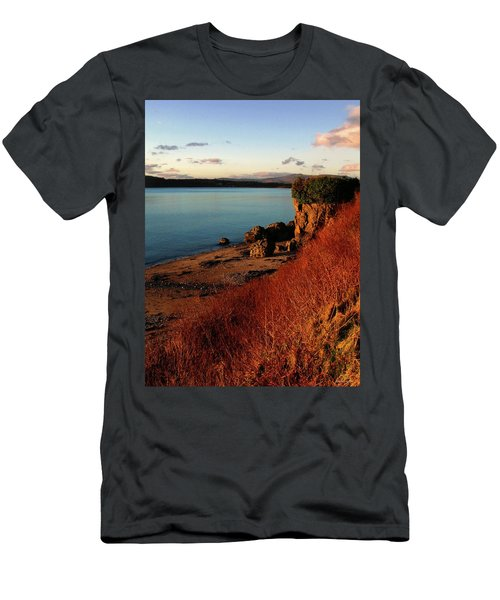 Oban Sunset Men's T-Shirt (Athletic Fit)