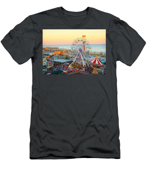 Ocean City New Jersey Boardwalk Men's T-Shirt (Athletic Fit)