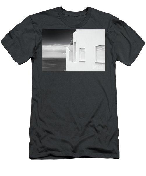 Ocean View White House Men's T-Shirt (Athletic Fit)