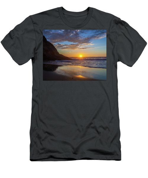 October Sunset Strands Beach Men's T-Shirt (Athletic Fit)