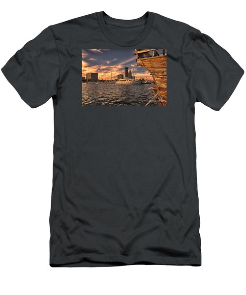 Off The Port Stern Men's T-Shirt (Athletic Fit)