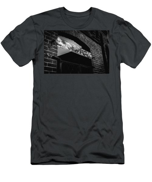 Off To Jail Men's T-Shirt (Athletic Fit)