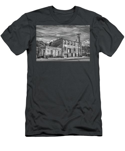 Old Asheville Building Men's T-Shirt (Athletic Fit)
