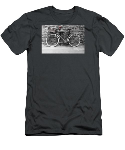 Old Bicycle Men's T-Shirt (Slim Fit) by Helen Northcott