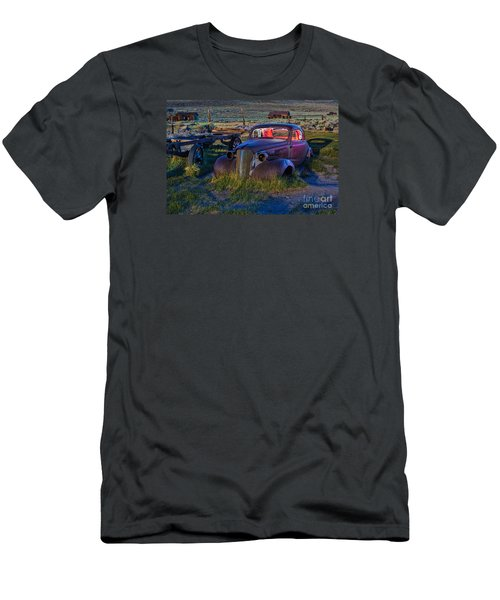 Old Bodie Car By Moonlight Men's T-Shirt (Athletic Fit)