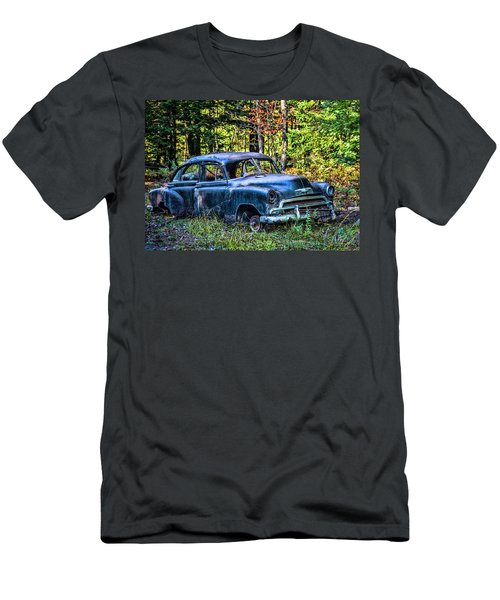 Old Car Men's T-Shirt (Athletic Fit)