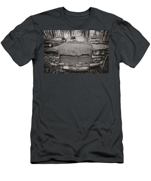 Old Car City In Black And White Men's T-Shirt (Athletic Fit)